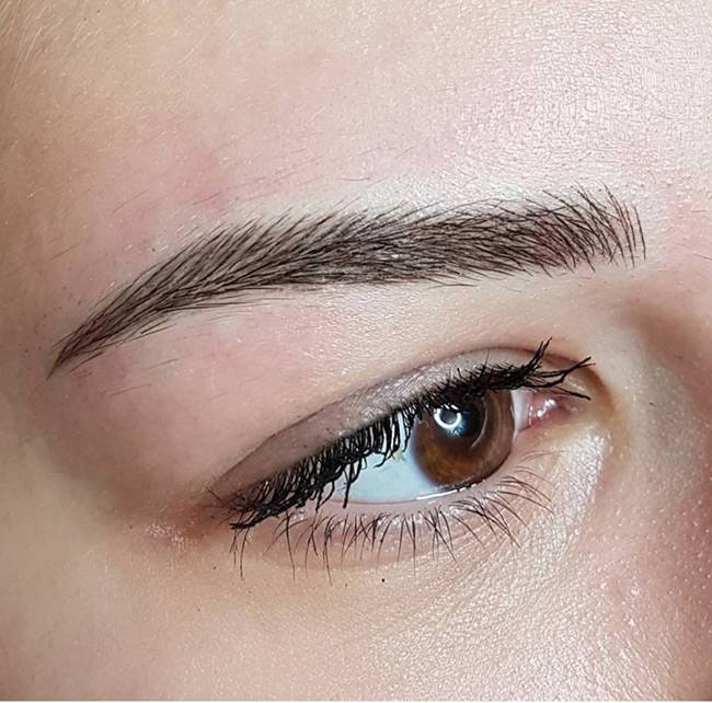 If microblading technique is done in a good manner then it can make the treated areas look like a more dense version of the natural brow hair.
