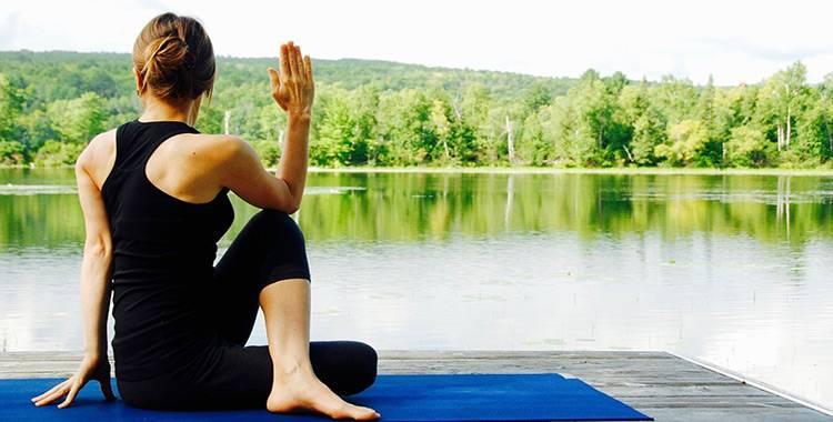 International Yoga Day 2017:Jennifer Aniston's simple yoga routine