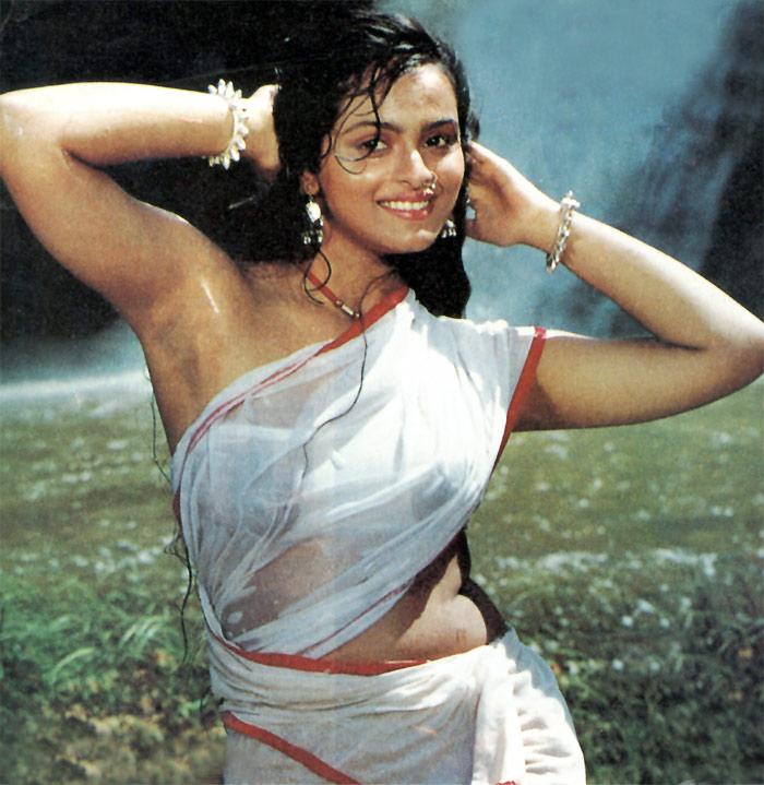 15 Hotties In Sexy Wet Sari-4637