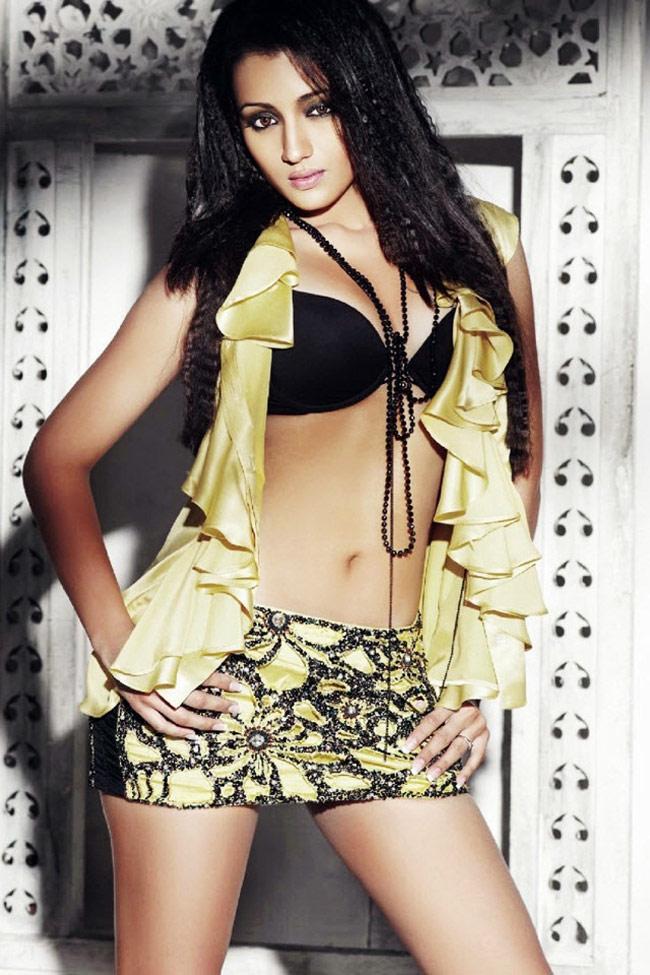 Trisha was seen in her career best performances in Abhiyum