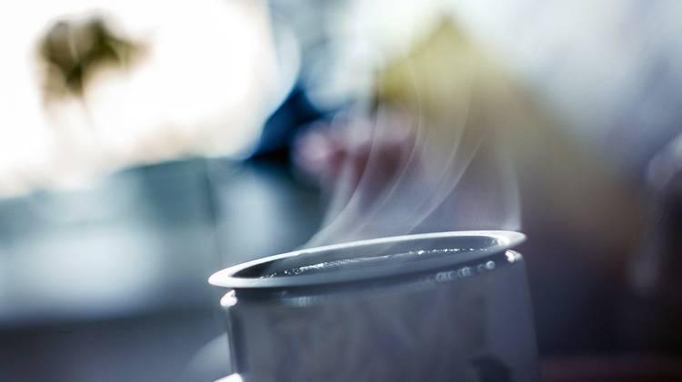 कॉफ़ी आपके बच्चे को भी जगाएगी. फ़ोटो कर्टसी: ट्विटर