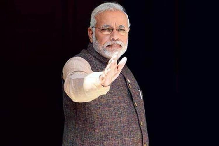 मोदी जी ने कर्नाटक में 21 रैलियां की थीं.