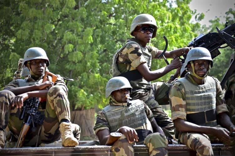 नाइजीरियन आर्मी की सांकेतिक तस्वीर.जिन पर वहीं की महिलाओं का रेप करने के आरोप लगे हैं.