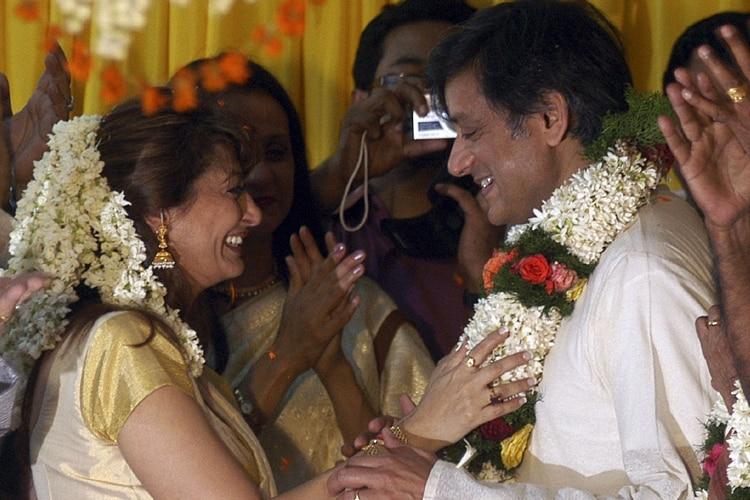 सुनंदा और शशि ने मलयाली रीति-रिवाज से शादी की थी.
