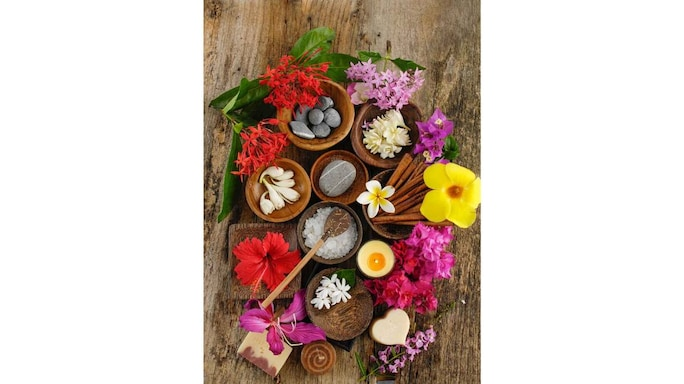 #FlowerPower|Embrace Flowers And Flower Extracts To Upgrade Your Skin And Hair Routine This Diwali