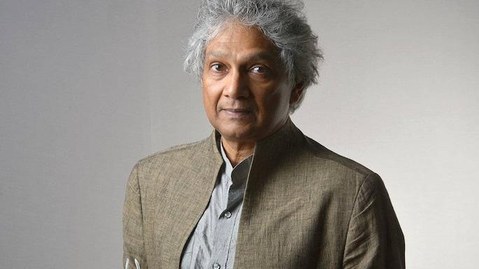 Poet and Writer Romesh Gunesekera's Top 10 Reads