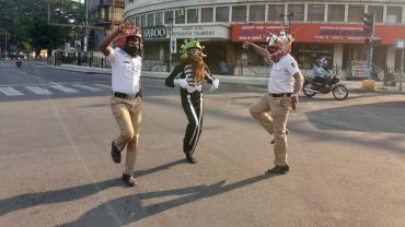 Not Ones To Cop Out, Policemen Jump In With Innovative Measures And Win Hearts