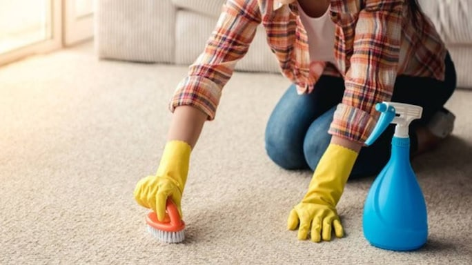 4 Simple Tips To Make Sure Your Rugs And Carpets Look Their Best Round The Year