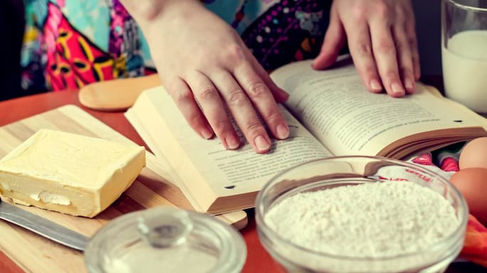 Are You A Baking Beginner? These 5 Books Can Guide You
