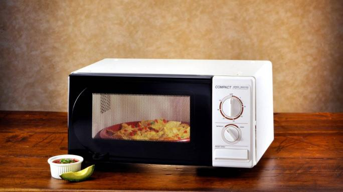 This Buying Guide Will Help You Choose The Right Microwave For Your Kitchen