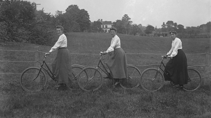 The Story of The Bicycle And How It Powered The Women's Movement!