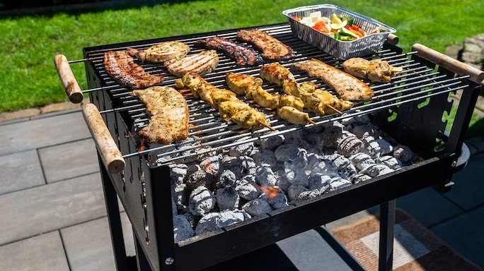 Grill Your Food Well And Serve Hot Using These Barbecue Stands