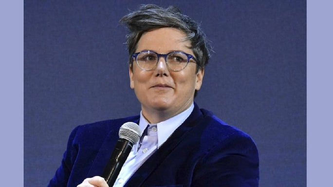 A Worthy Follow-Up: A Review Of Hannah Gadsby's Douglas