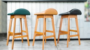 How To Choose Bar Stools That Are Just Right For Your Home