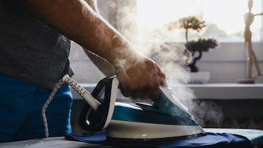 What Makes A Steam Iron Versatile And How You Can Choose The Right One