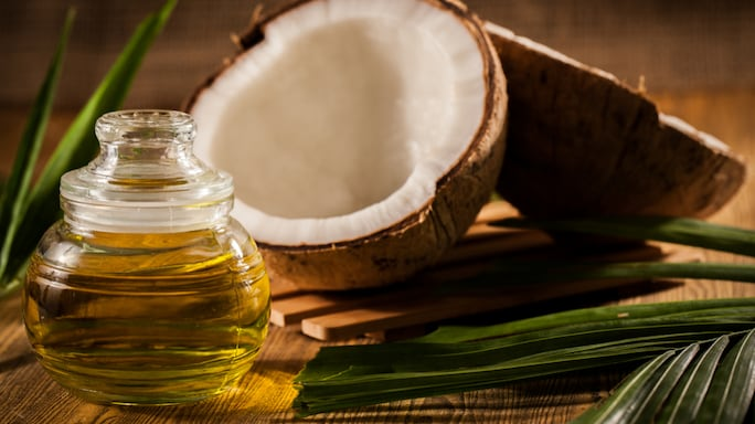 What Makes The Humble Coconut Oil A Hit With Celebrities