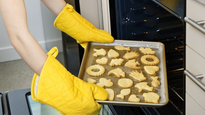 Three Things You Should Know Before Buying Oven Mitts