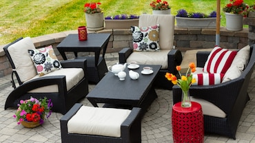 5 Questions You Must Ask When Choosing Outdoor Furniture