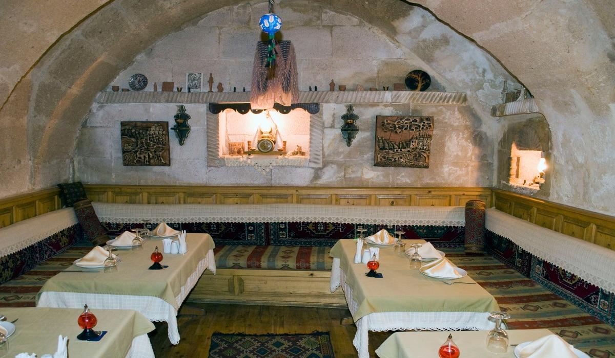 turkey---cappadocia---cave-restaurant_052520064355.png